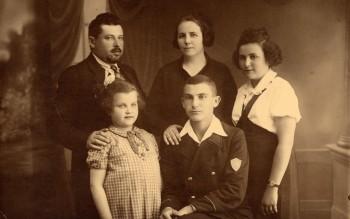 Einsiedler Family -1937